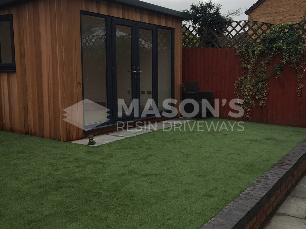 artificial grass/lawn paving patio done in leyland near preston