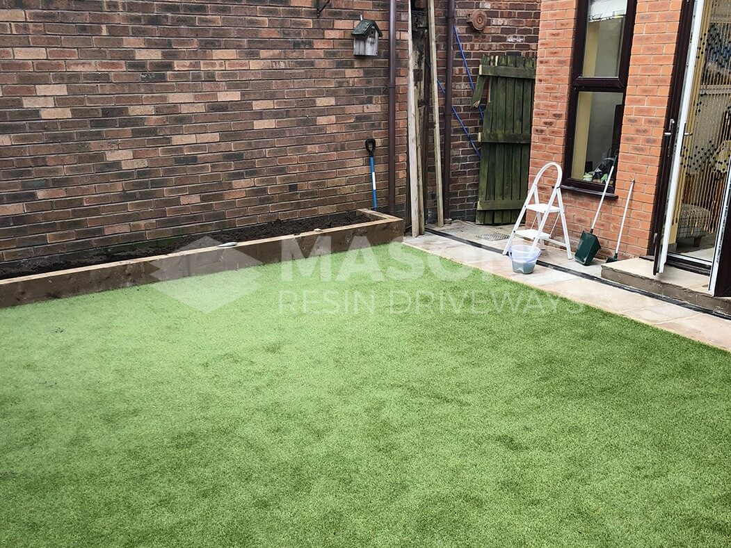 artificial lawn/grass and landscaping job done in lancashire in preston