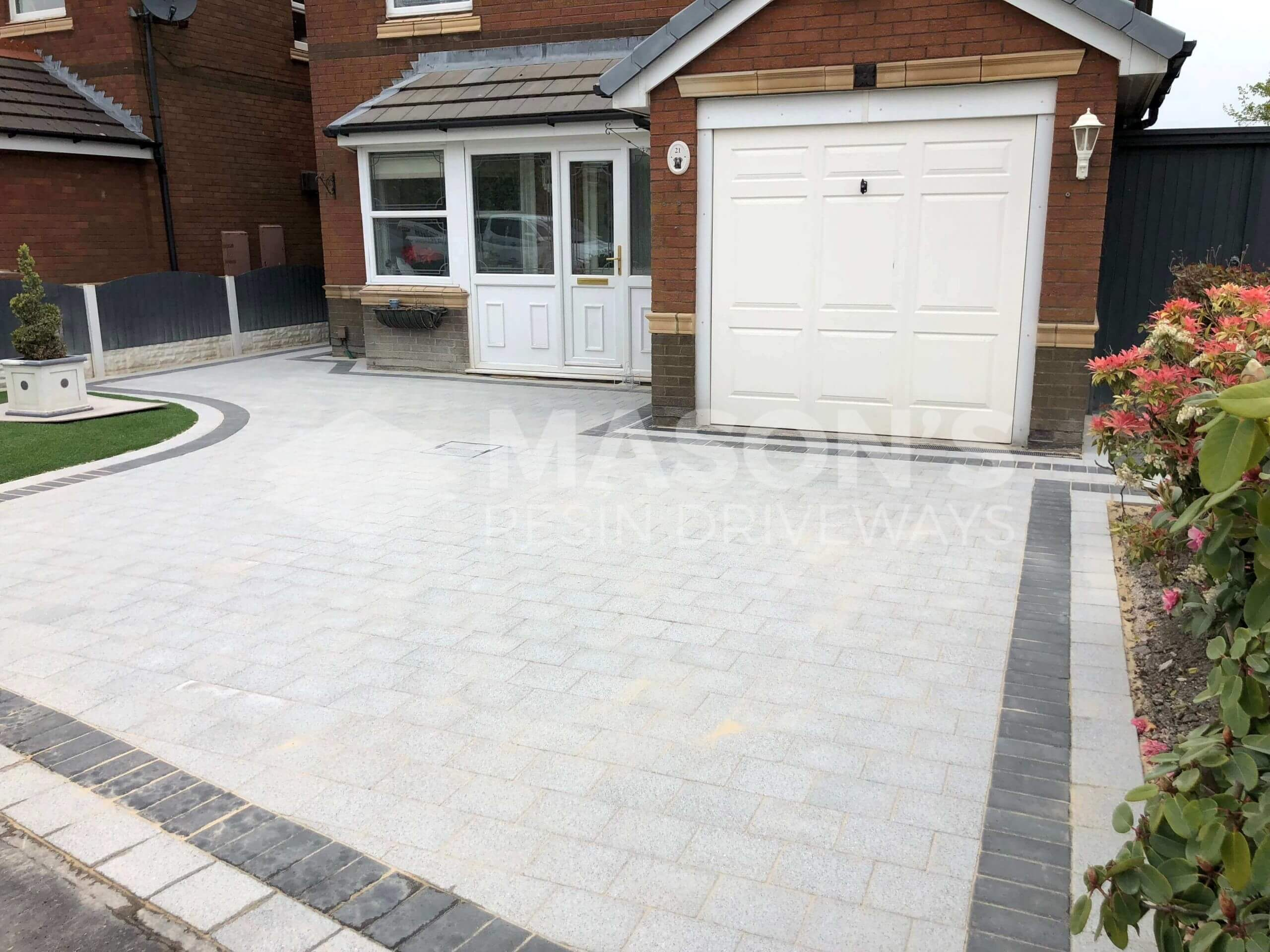 Block Paving Driveway in Preston, Lancashire in the colour Sienna Silver with border