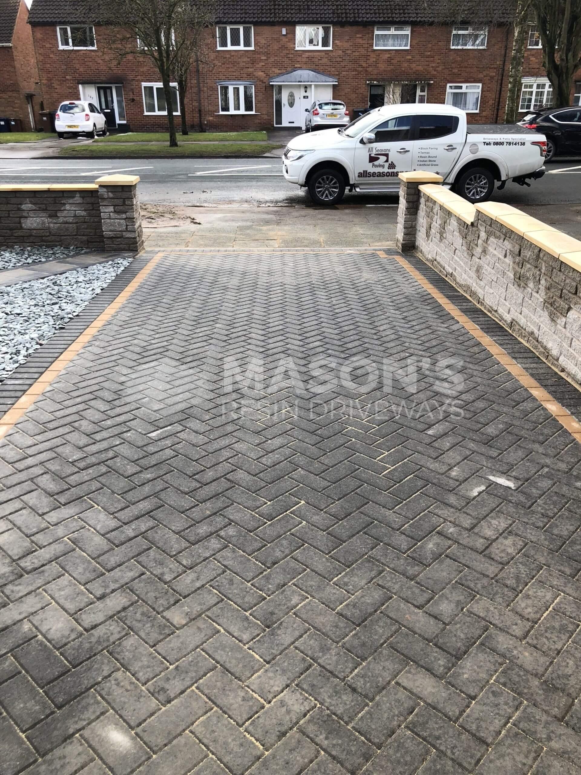 block paving driveway and walling, leyland near preston