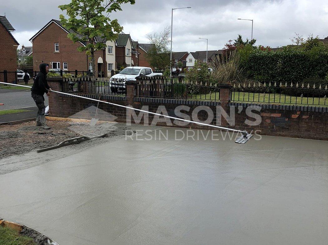 Smoothing Pattern Imprinted Concrete Driveway, Preston