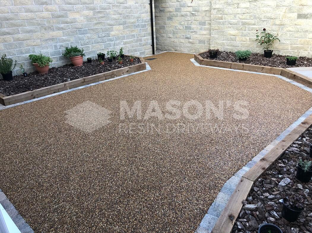 Resin patio area and landscaping near Preston in Lancashire.
