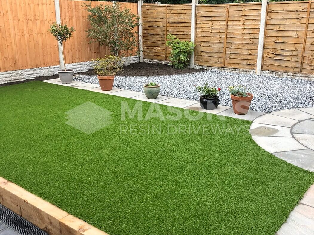 After picture of landscaped garden on resin driveway project in Preston, Lancashire